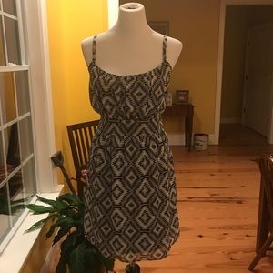 Be Bop Sleeveless B&W mini Dress Large